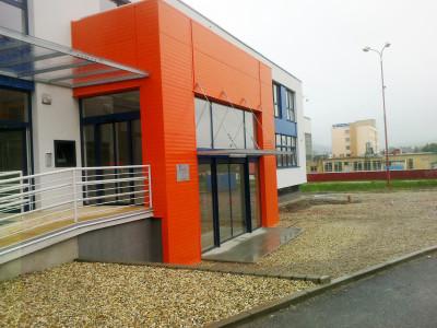 Multifunkční centrum, SNV